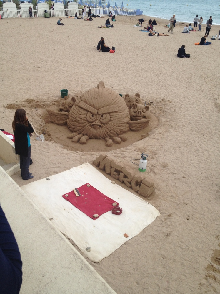 Angry Bird Cannes